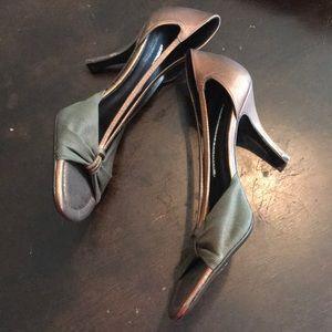 New Donald J.Pliner sandals